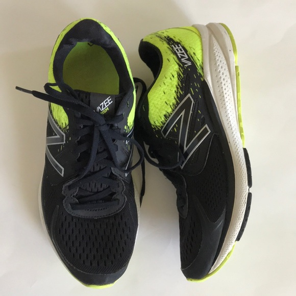 Posteridad Emborracharse argumento  New Balance Shoes | Mens Vazee Prism V2 Athletic Shoe | Poshmark